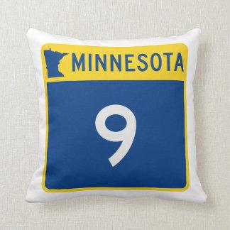 Weg 9 van de Boomstam van Minnesota Sierkussen