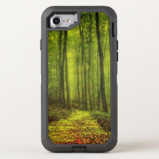 Weg in het Bos OtterBox Defender iPhone 7 Hoesje