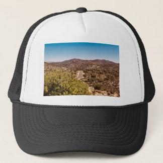 Weg van de de boom de eenzame woestijn van Joshua Trucker Pet