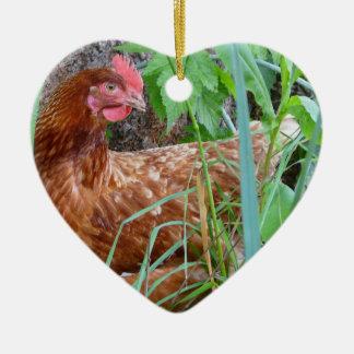 Weinig Rode Kip in het Gras Keramisch Hart Ornament