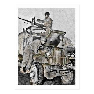Werktuigkundigen die aan Vrachtwagen WO.II werken Briefkaart
