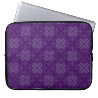 Wervelt Gevormd Laptop Sleeve: Aubergine Computer Sleeve