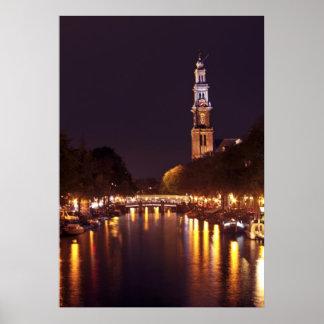Westerkerk 's nachts in Amsterdam Nederland Poster