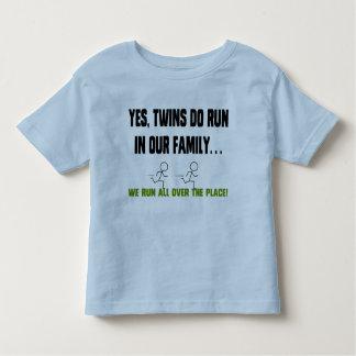Wij lopen helemaal over de Plaats! Kinder Shirts