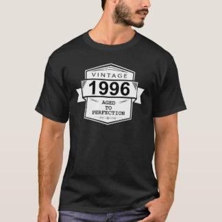 Wijnoogst 1996 Verouderd aan Perfectie. De T Shirt