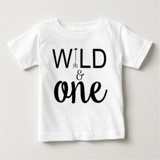 Wildernis en één overhemd van de pijl 1st baby t shirts