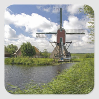 Windmolen langs het kanaaloosten van Leiden in Vierkant Sticker