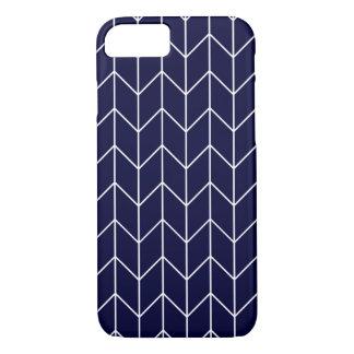 Witte Chevron op Marineblauwe Moderne Elegant iPhone 8/7 Hoesje