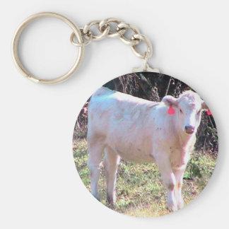 Witte Koe met Geëtiketteerde Oren in een Brede Basic Ronde Button Sleutelhanger