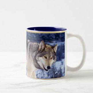 Wolf 2 van de winter tweekleurige koffiemok