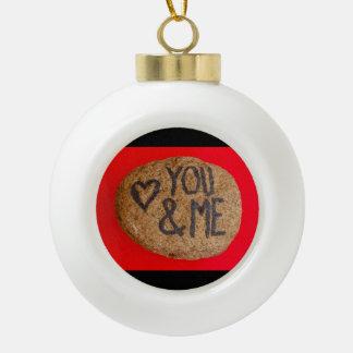 YOU&ME op ceramisch balornament Keramische Bal Ornament