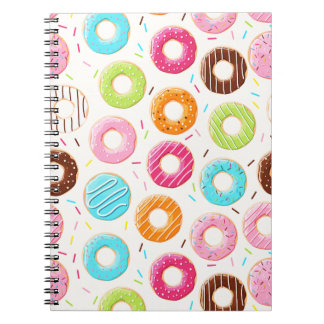 Yummy kleurrijk bestrooit donuts bovenste ringband notitieboek