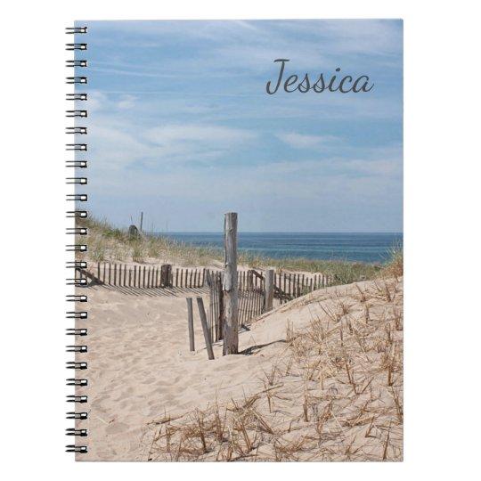 Zandige weg aan het strand op het Punt van het Ras Notitieboek