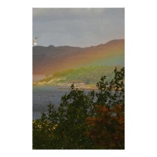 Zeemeeuw die voorbij een Regenboog in Ardnamurchan Briefpapier