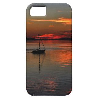 Zeilboot op de Zonsondergang Tough iPhone 5 Hoesje