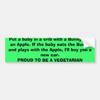 Zet een baby in een wieg met een Konijntje en Appl Bumpersticker