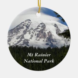 Zet Regenachtiger Nationaal Park op Rond Keramisch Ornament