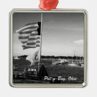 Zetten-n-baai, Ornament van de Boot van de Vlag