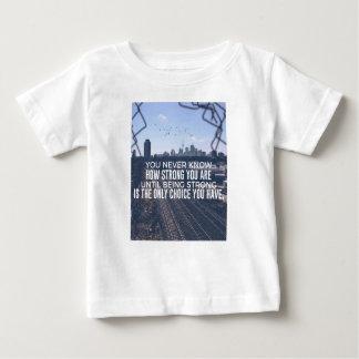 Zijnd Sterk is de Enige Keus Baby T Shirts
