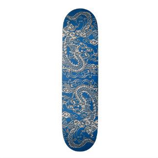 Zilveren Draak op Textuur van het Leer van lapis Skateboard Deck