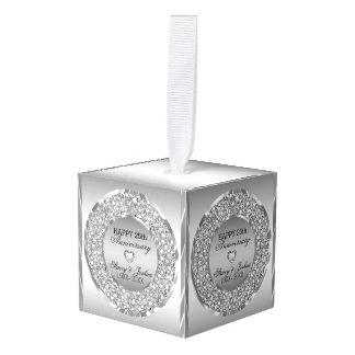 Zilveren Grijze Diamanten en hart-Vijfentwintigste Ornament 0
