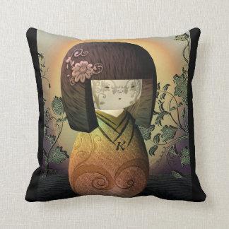 Zoet Japans Doll Gepersonaliseerd Monogram Kokeshi Sierkussen