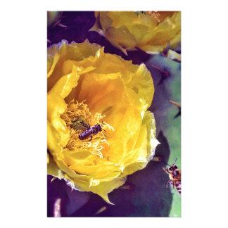Zonneschijn, Bloemen en Bijen. Natuur-Themed. Briefpapier