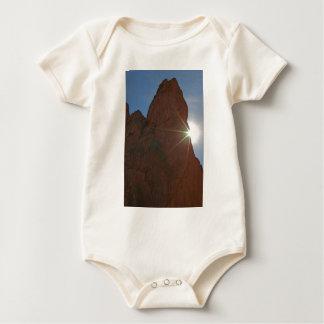 Zonnestralen en Zandsteen Baby Shirt