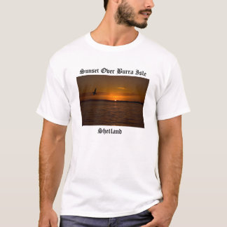 Zonsondergang over Eiland Burra T Shirt