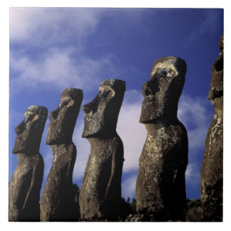 Zuid-Amerika, Chili, het Eiland van Pasen, Ahu Aki Keramisch Tegeltje