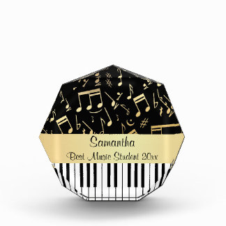 Zwart en de Gouden muzieknoten en Sleutels van de  Prijs
