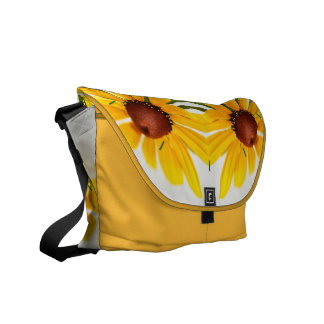 Zwart-Eyed Susan Floral Kaleidoscope Pattern Messenger Bag