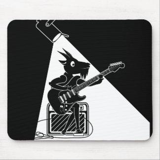 Zwart-witte geit het spelen gitaar muismat
