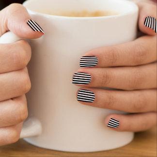 Zwart-witte Gestreepte Minx Spijkers Minx Nail Art