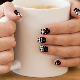 Zwart-witte Gingang, Uw Monogram Minx Nail Art