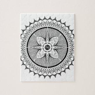 Zwart-witte mandala puzzel