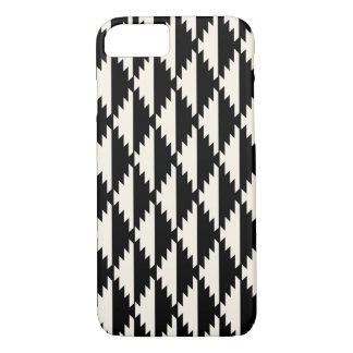 Zwart-witte Patroon van de Diamant van Navajo het iPhone 7 Hoesje