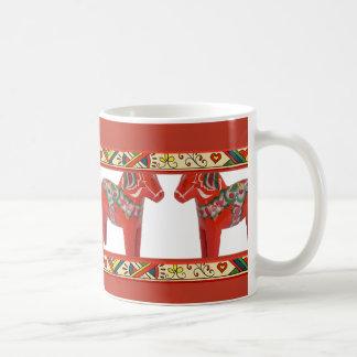 Zweedse Paarden Dala met Grens van de Kunst van Koffiemok