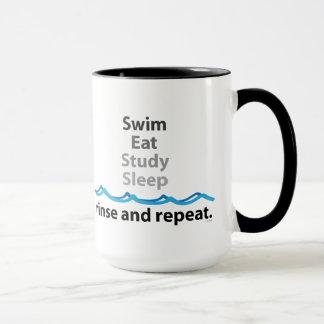 Zwem eten de Mok van de Slaap van de Studie